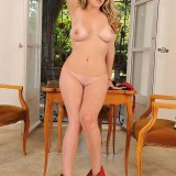 Blonde Brookie Shows Her Tit
