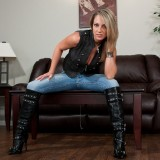 Nikki Wearing Tall Black Boots Shows Off Her Ass In Nice Tight Jeans