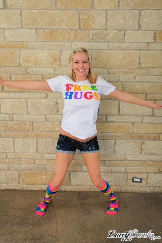 Lacey Brooks – Free Hugs
