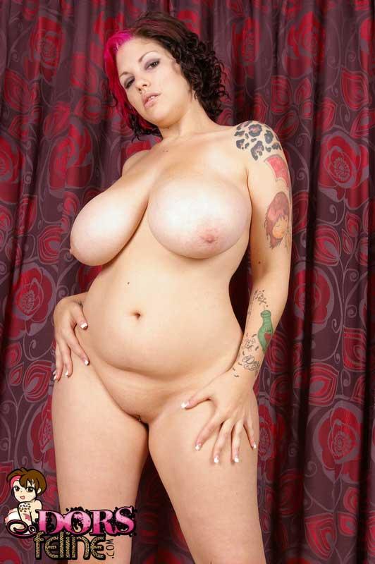 Big Tit Babe Dors Feline In Sexy Satin Nightie