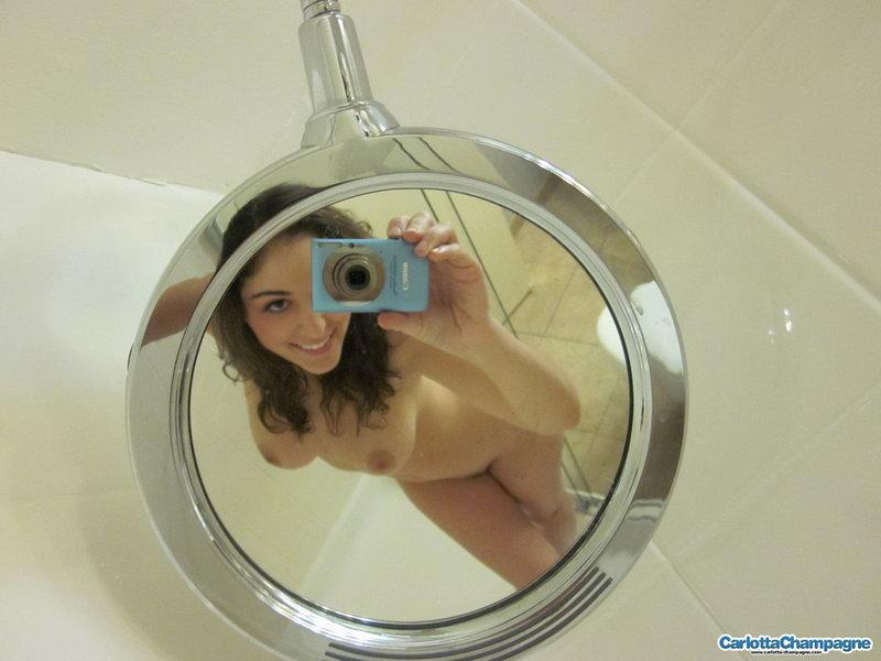 Carlotta Champagne - Sexy Boston Shower - Candids
