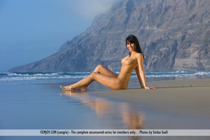 Jayla - Vamos A La Playa