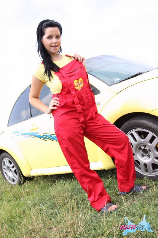Busty Ellen - Car Wash