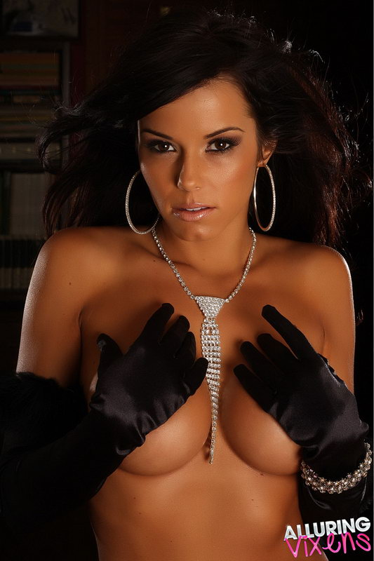 Alluring Vixen Candace Shows Off A Little Bling Between Her Huge Breasts