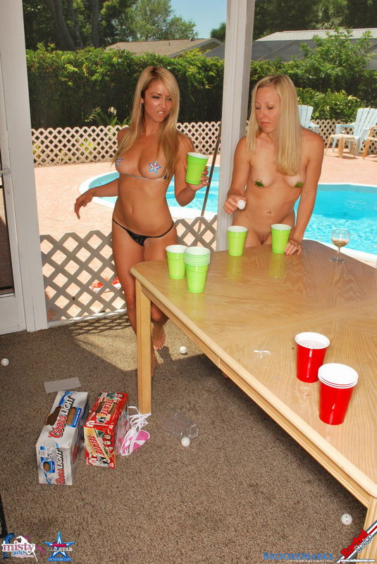 naked-beer-pong-pics-shemale-cumshots