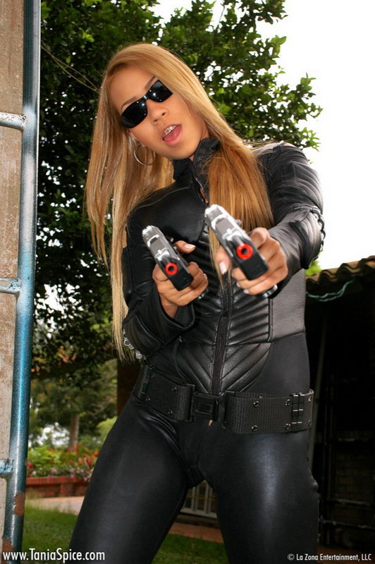 Tania Spice Gets All Hot And Bothered After Wearing Her Tomb Raider Suit