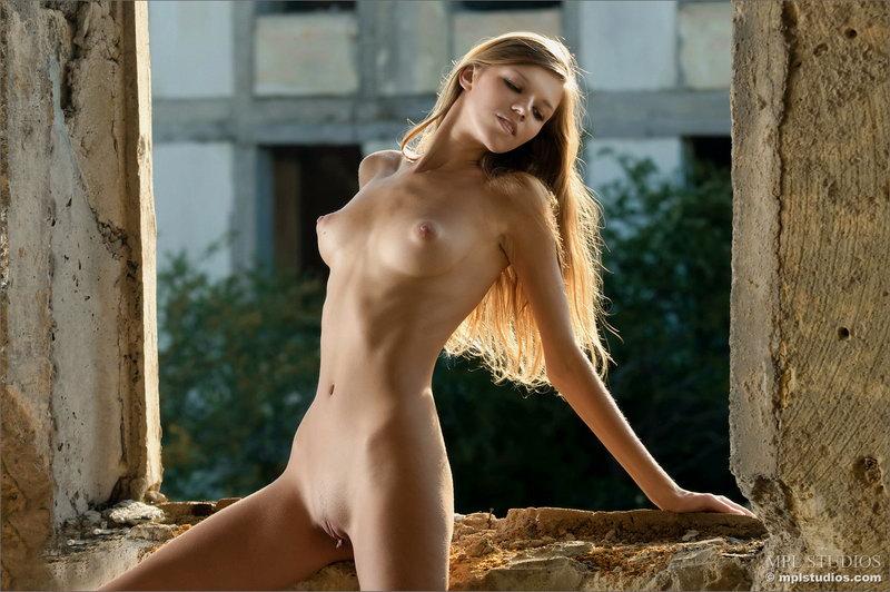 профессиональные фото голых блондинок