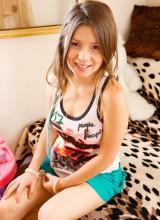 Emily18 4