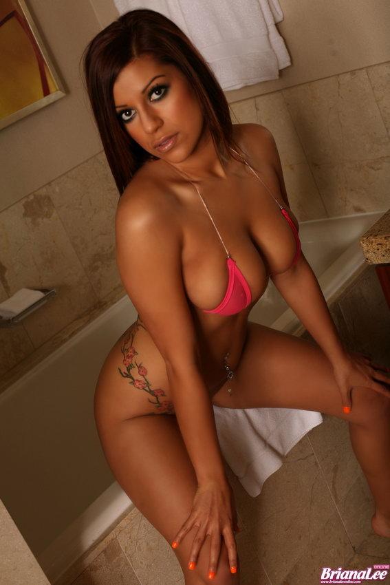 Briana Lee - Sexy In Bathroom