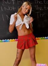 Nikki Summer 4