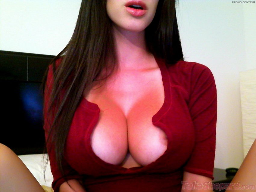 Talia Shepard Did A Self Set With Her Webcam For Her Members