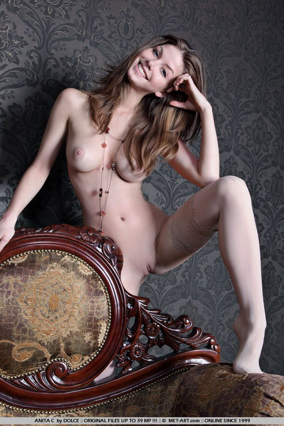 Met-art: Anita - Naked In The Chair