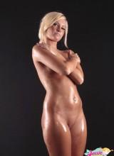Jessie Kay 9
