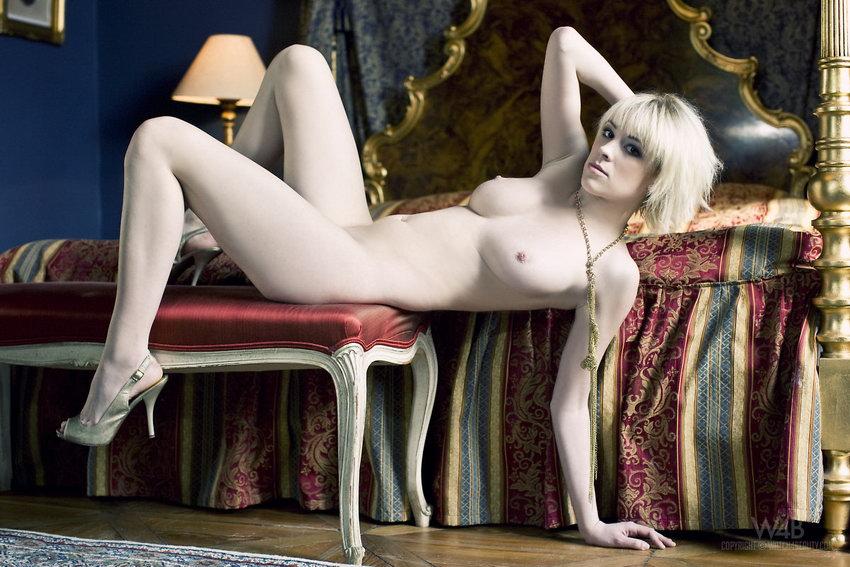 Watch4beauty: Jennifer - White Lady