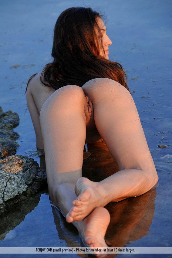 Femjoy: Sofie - Body Language