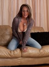 Nikki Sims 3