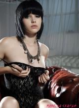 Mellisa Clarke 3