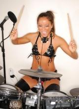 Midori West - Rock N Roll Girl