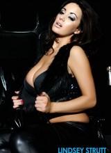 Lindsey Strutt 8