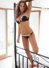 Emma Frain 2