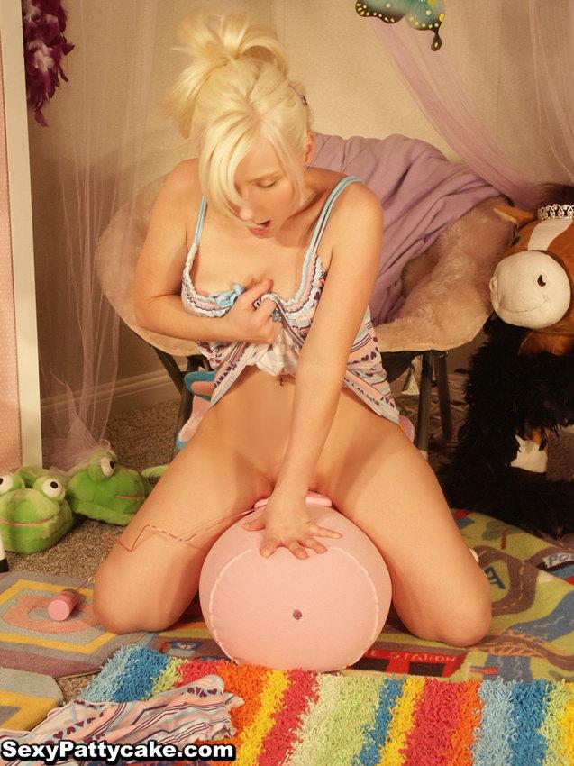 Sexy pattycake horny — pic 13