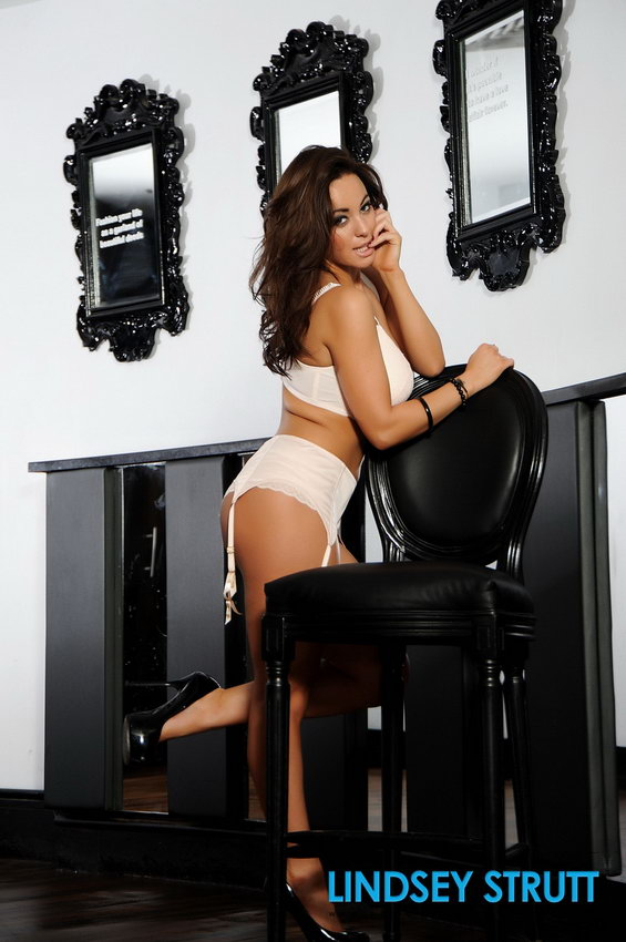Lindsey Strutt Looks Sexy In Her White Bra And Panties