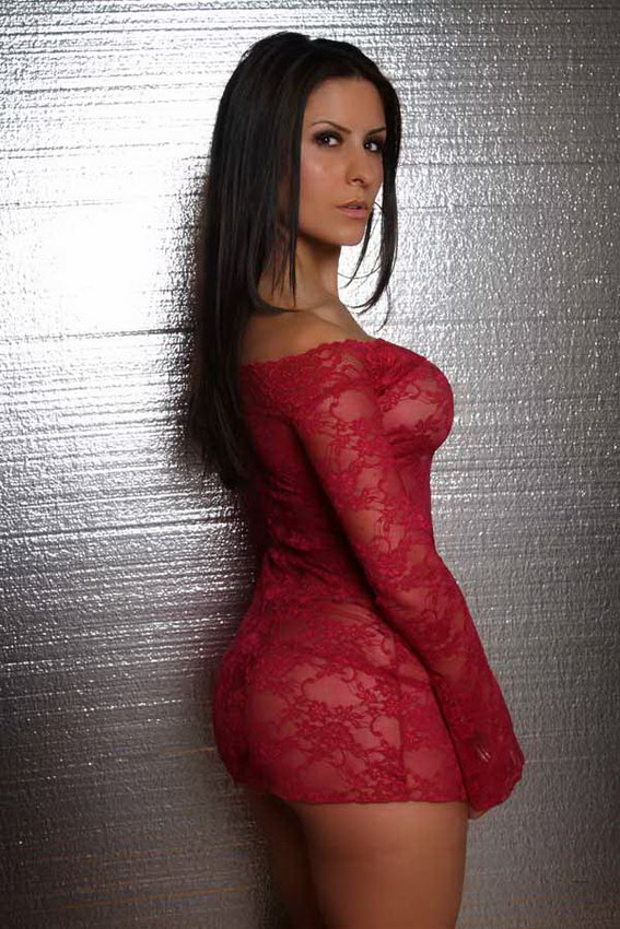 Danni Gee - Maroon Lace