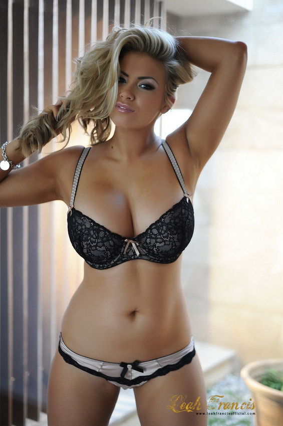 Leah Francis Peels Off Her Bra And Thong Just Leaving Her Heels On