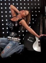 Nikki Sims 2