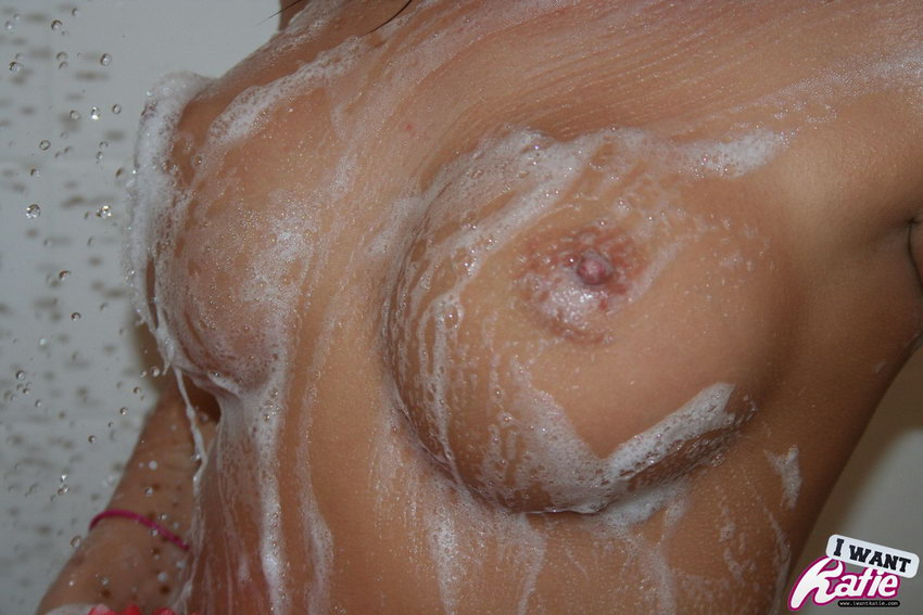 I Want Katie: Watch Katie In The Shower As She Soaps Up Her Huge Juicy Tits