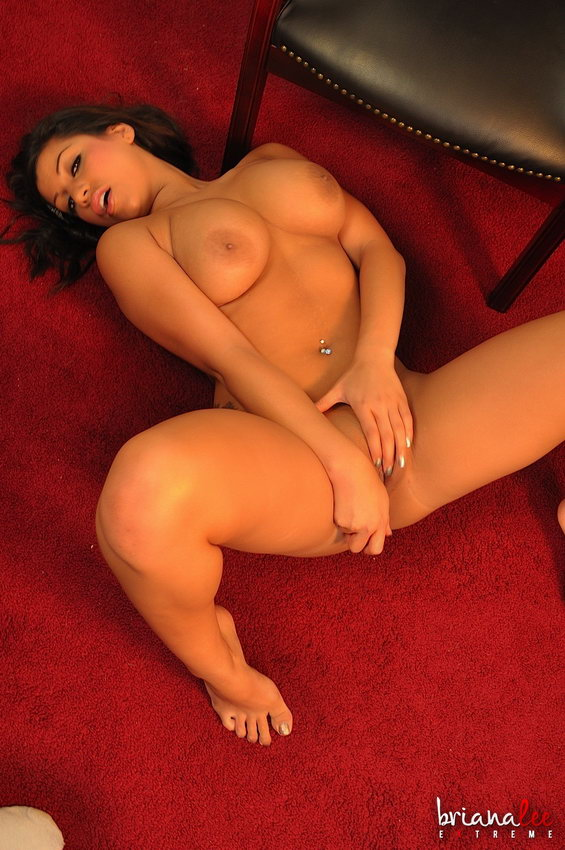 Briana Lee Extreme - Spread And Ready