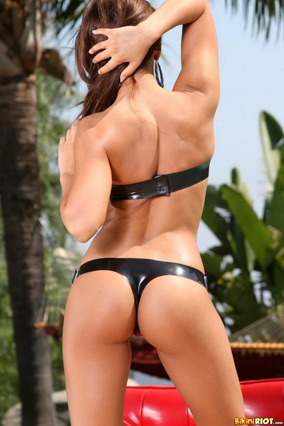 Bikini Riot: Madison Ivy Huge Rack Strapped Up In Black Latex Tube Top Bikini