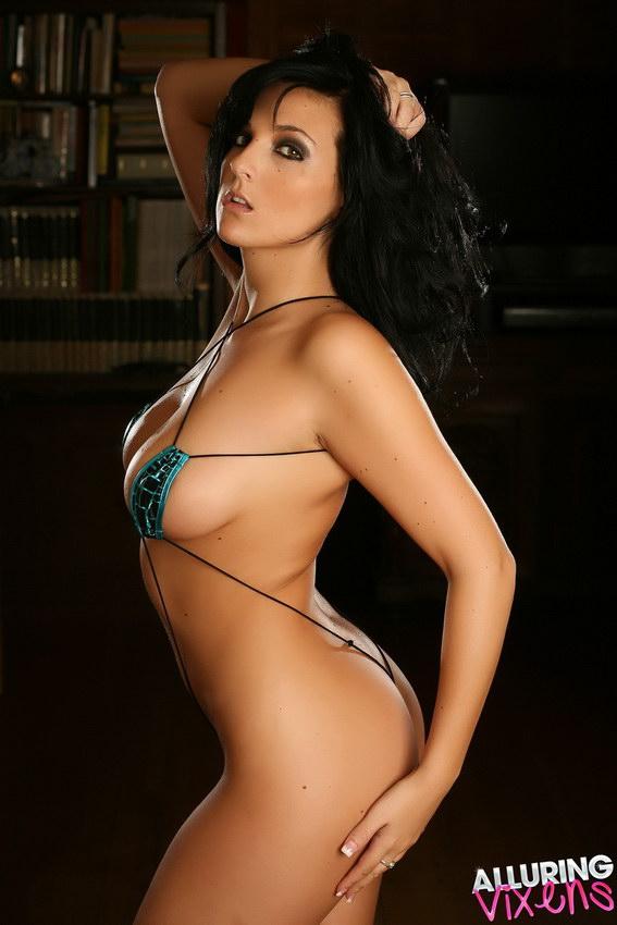 Alluring Vixens: Kaya Danielle Shows Off Her Perfect Body In A Tiny Teardrop String Bikini