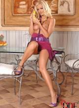 Sandra Shine 8