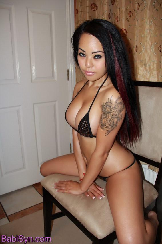 Babi Syn - Gold Bling Bikini Striptease