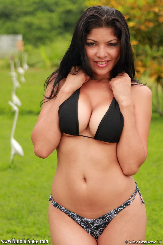 Natalia Spice Lets Her Black Bikini Slide From Her Body And Plays With Herself