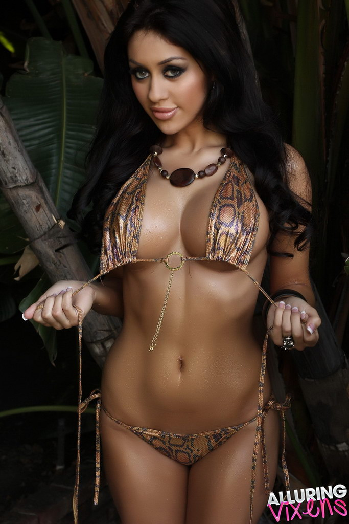 Alluring Vixens: Joselyn Shows Off Her Perfect Body In A Very Skimpy Micro Bikini Outdoors