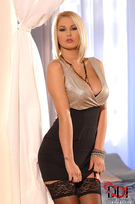 1by-day: Antonia - Super Starlet Undresses For Us
