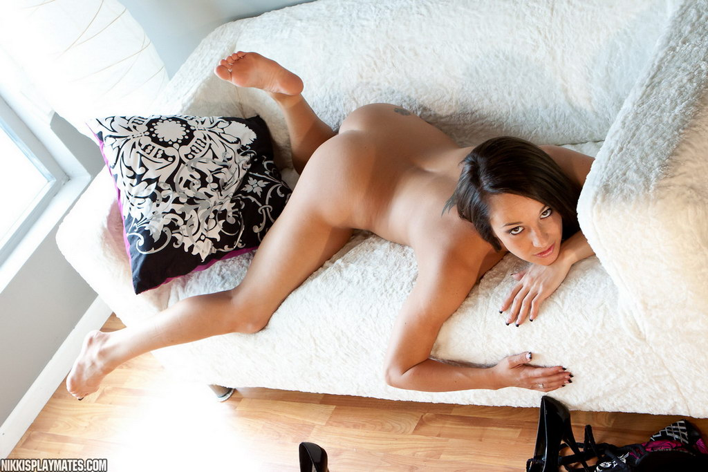 Nikki Sims - No Panties