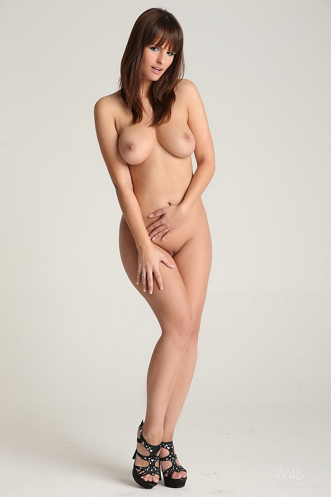 Naked rita, naked real girls getting fucke