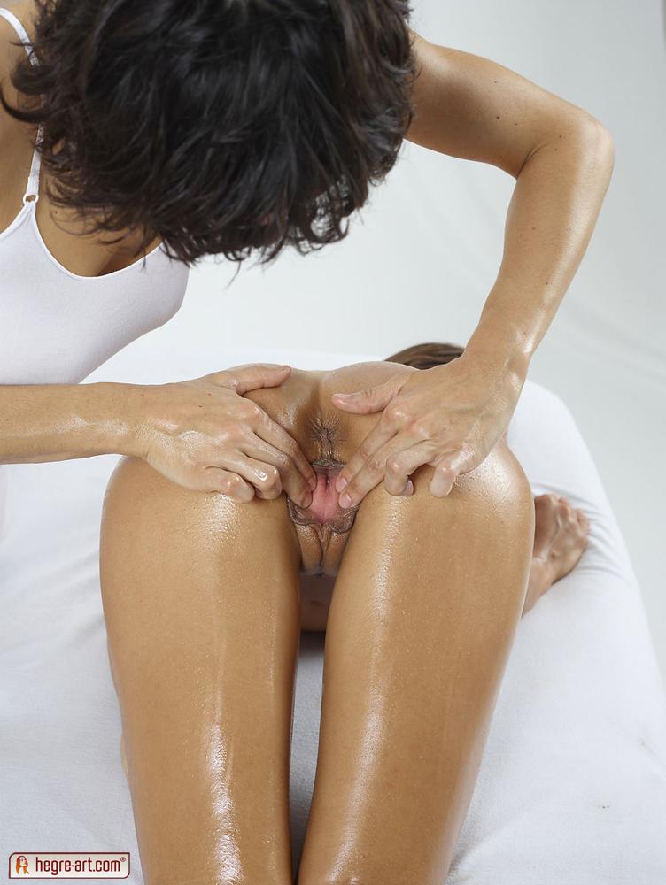 hot nude girls yoni hieronta