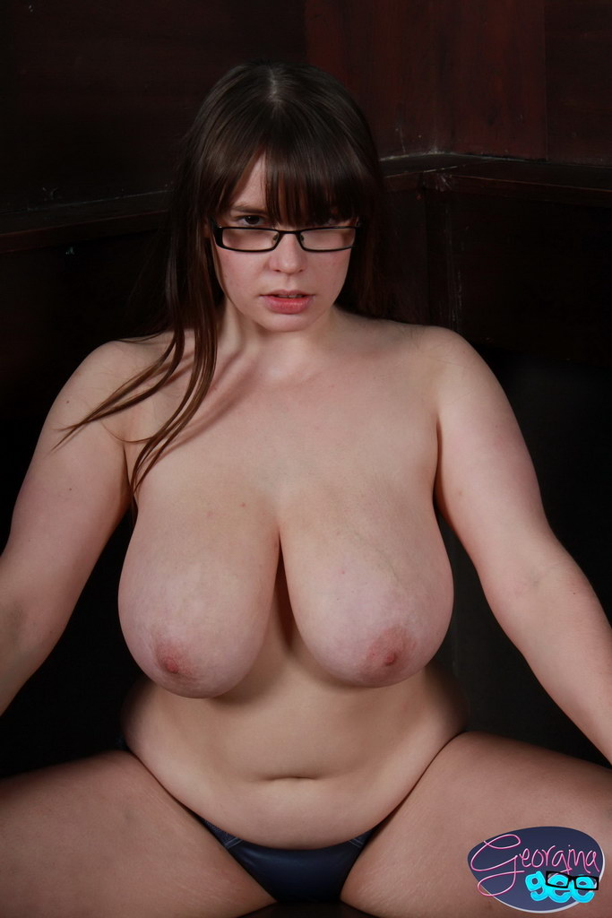 Curvy Georgina Gee Loves Teasing By Playing With Her Big -1151
