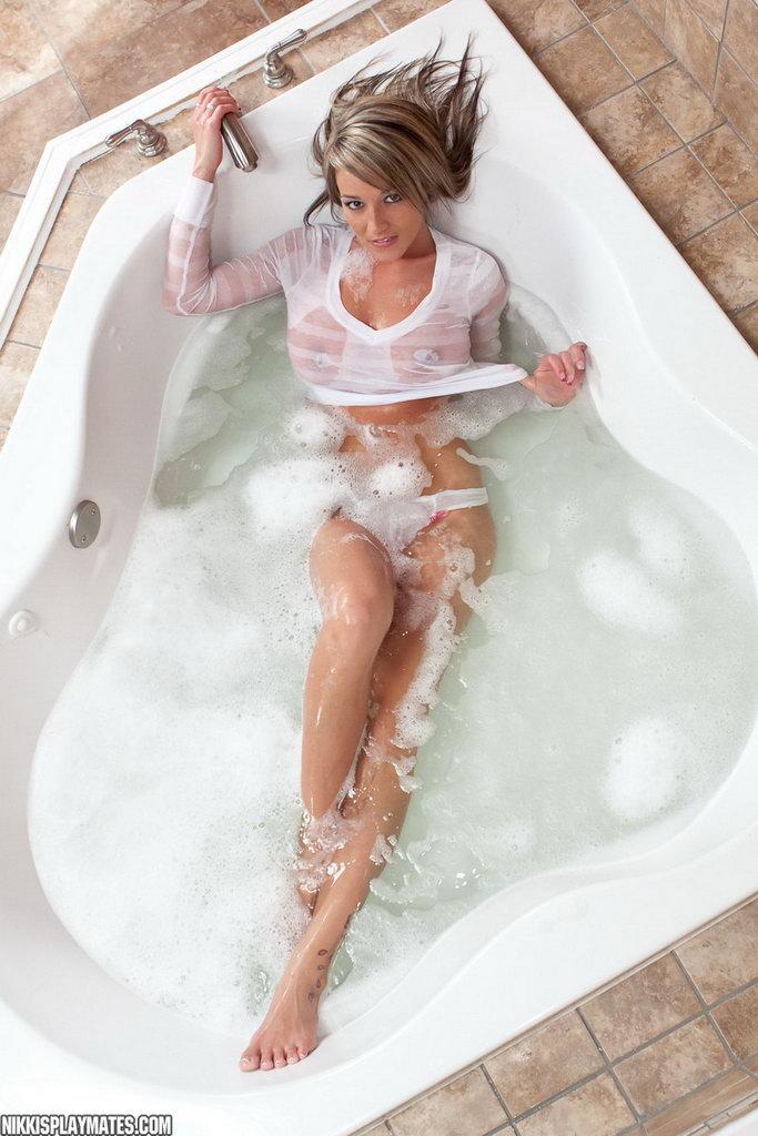 Nikki Sims - Wet Tee