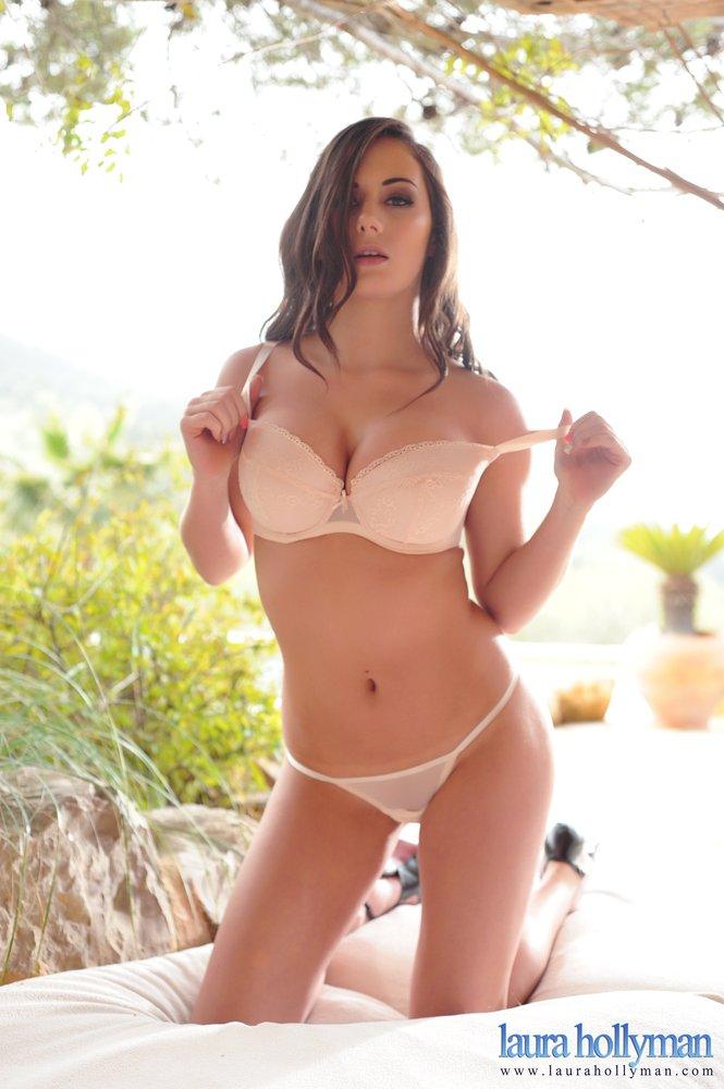 Laura Hollyman Peels Off Her Pink Bra