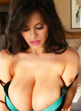 Wendy Fiore - Emerald Sunset