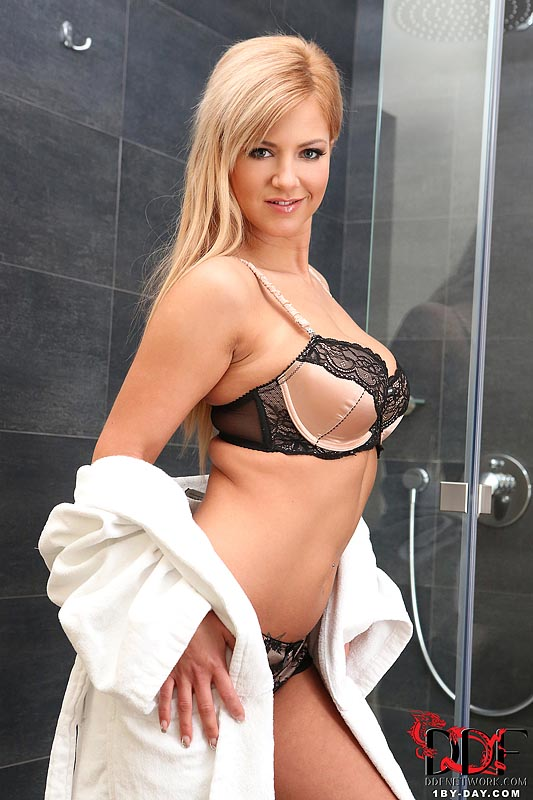1by-day: Nathaly Cherie Plays In The Shower