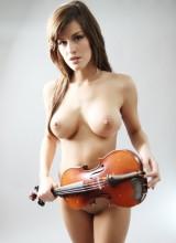 Femme Eden - Violin