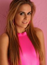 Tara Cox 5