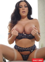 Ashley Emma 7