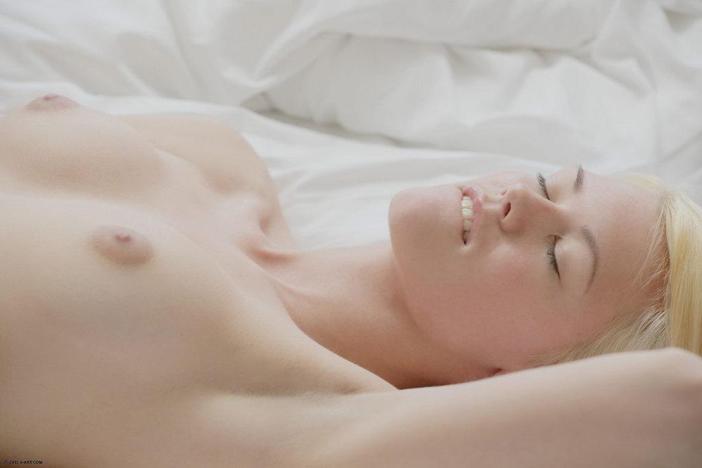 sex-boob-girls-who-like-sex-mature-silver-men